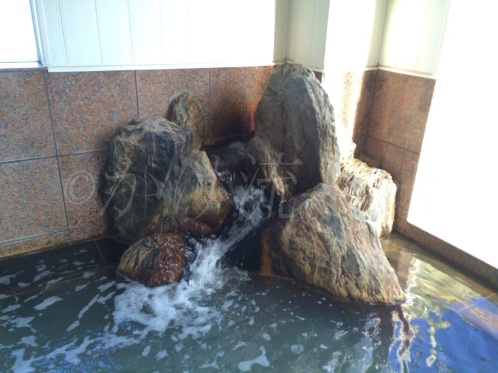 和(やわらぎ)の湯男性用浴槽湯口