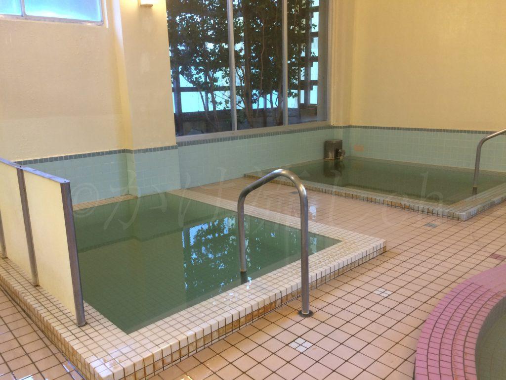 オロフレ荘浴槽-2