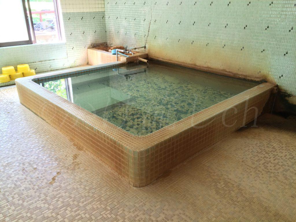 鹿部温泉公衆浴場亀の湯男性浴槽