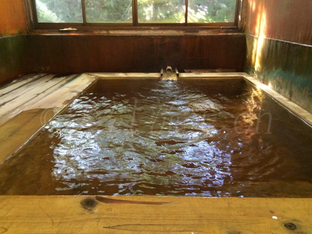 恵山温泉旅館男性浴槽